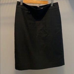 J crew wool blend pencil skirt size 4